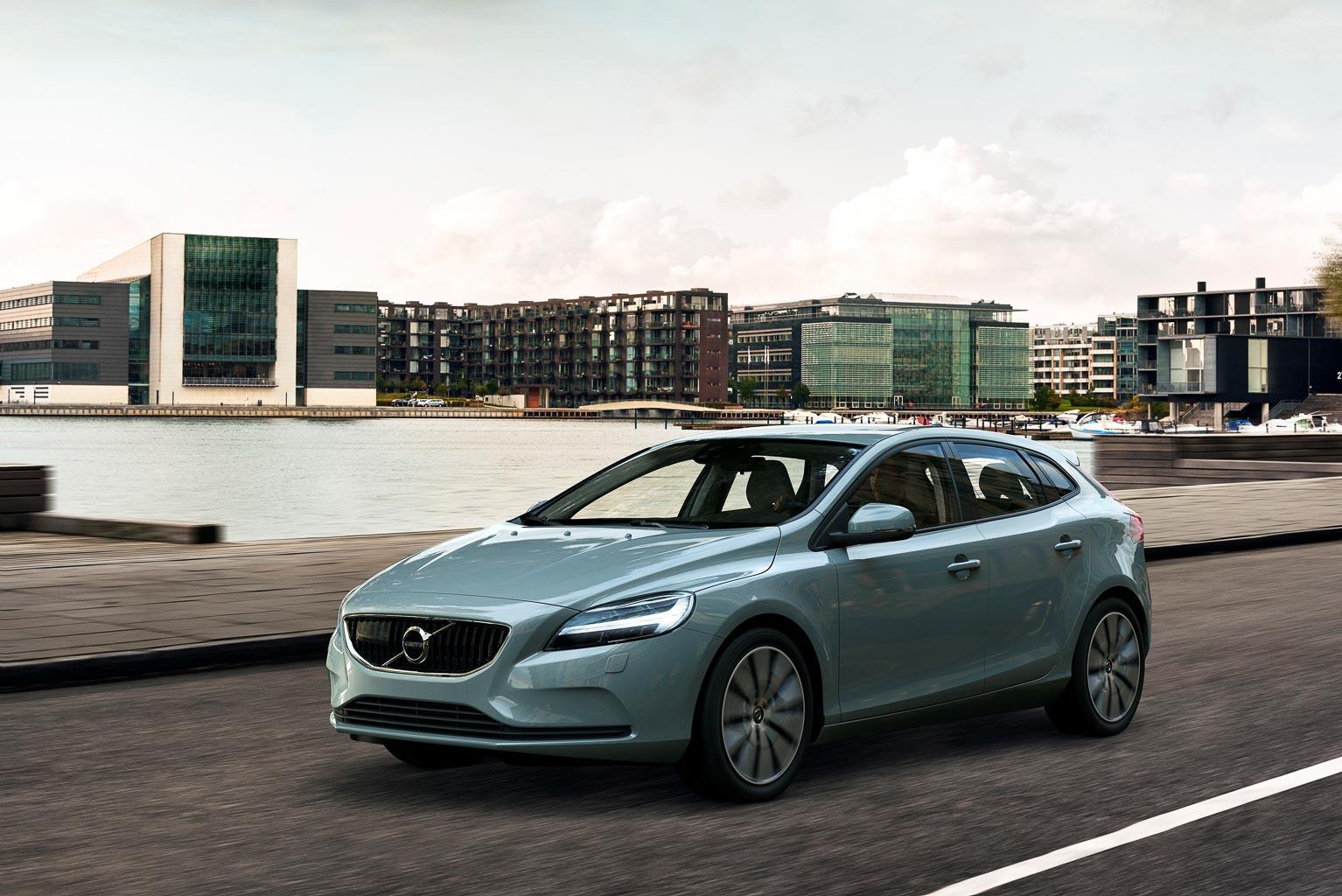 Genf: Facelift Volvo V40 | AWR Autoweltrevue Magazin