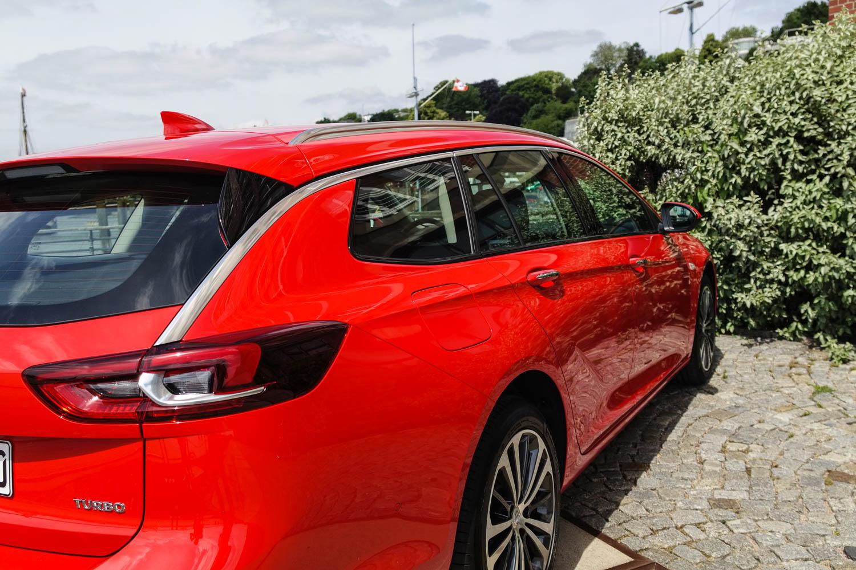 Langmachen Der Neue Opel Insignia Sports Tourer Awr 2018 Im Vergleich Zur Limousine Streckt Sich Allerdings Auf Imposante 499 Meter Lnge Dazu Die Verbreiterte Spur Um 11 Millimeter